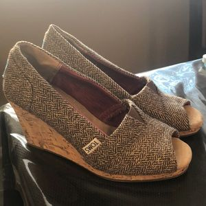 TOMS Open-Toe Wedges